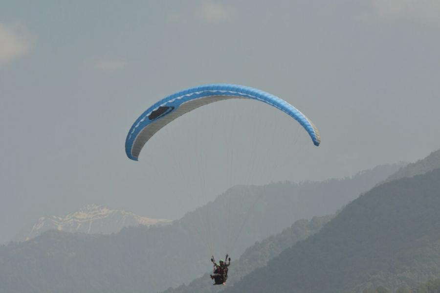Paragliding + Camping + Trekking + Bonfire + Breakfast + Lunch @ 3450/- Only